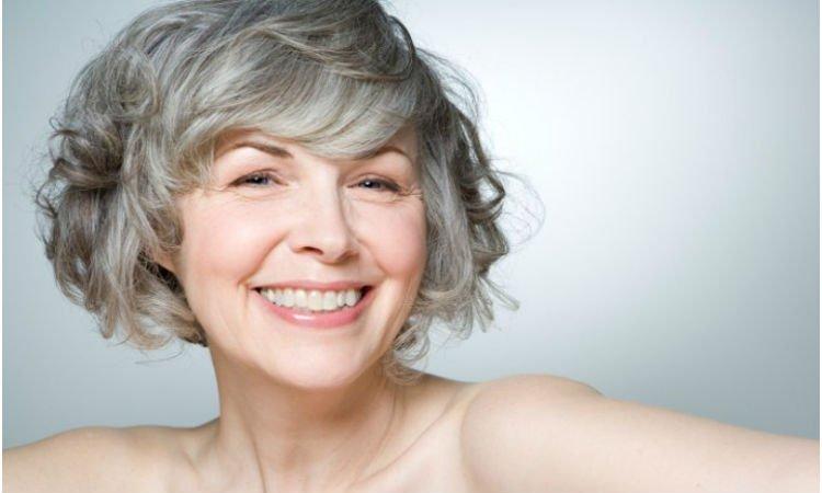 Właściwości dermokosmetyków dla skóry dojrzałej - Apteka internetowa Melissa