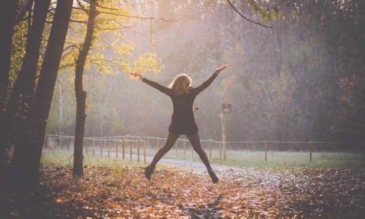 4 sprawdzone rady, jak nie dać się jesiennemu przesileniu - Apteka internetowa Melissa