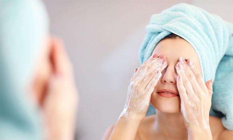5 kroków do idealnego oczyszczania skóry twarzy - Apteka internetowa Melissa