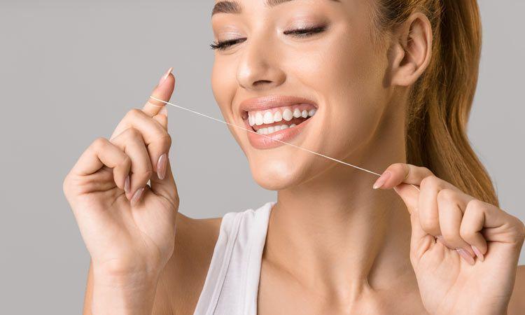 Prawidłowe czyszczenie zębów - akcesoria i przydatne gadżety