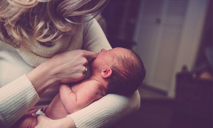 Baby blues i depresja poporodowa - objawy i sposoby leczenia - Apteka Internetowa Melissa
