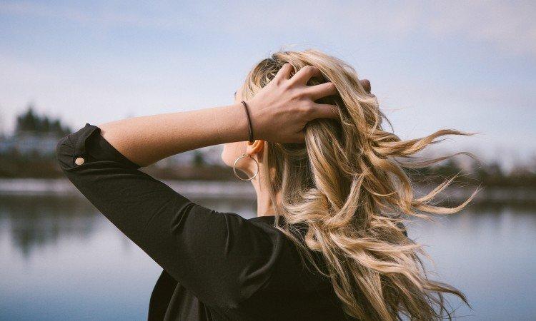Biotyna – ratunek dla osłabionych włosów i paznokci - apteka internetowa Melissa