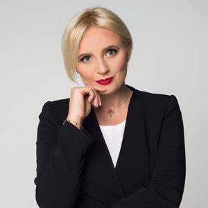 dr n. farm. Justyna Kaźmierczak