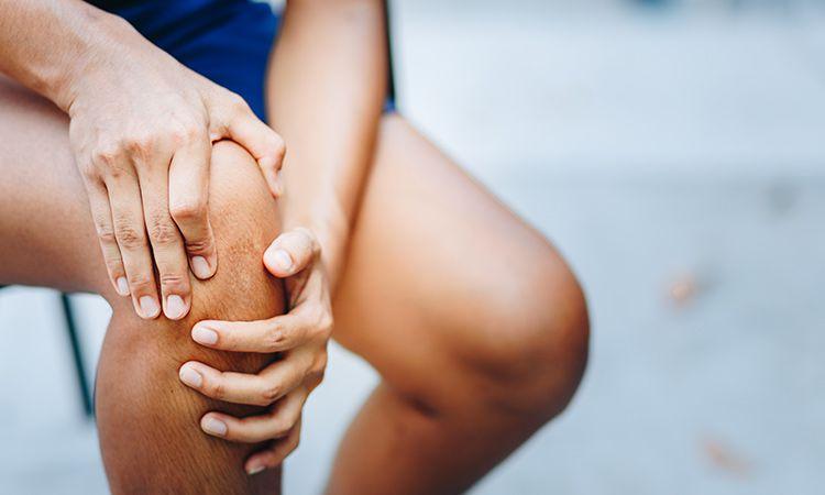 Ból stawów utrudnia Ci codzienne funkcjonowanie? Sprawdź, jak sobie pomoc!