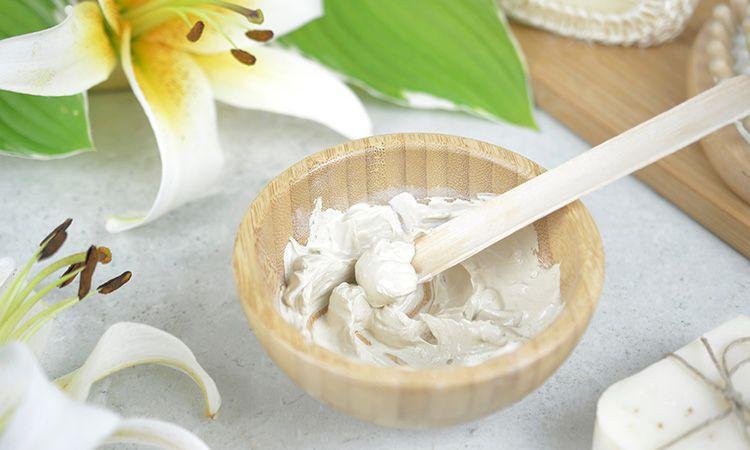 Zastosowanie glinki białej (kaolin).