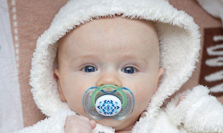 Jak dopasować smoczek i butelkę do potrzeb i wieku dziecka? - Apteka Internetowa Melissa
