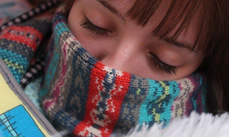 Leczenie wirusowego zapalenia gardła - Apteka internetowa Melissa