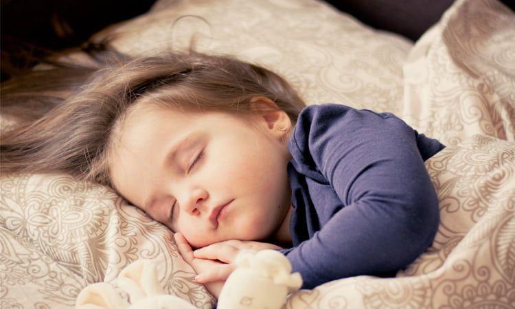 Leki przeciwgorączkowe dla dzieci – co warto o nich wiedzieć? - Apteka internetowa Melissa