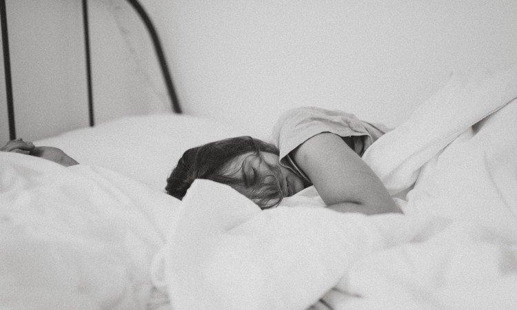 Melatonina w trosce o Twój zdrowy i spokojny sen - apteka internetowa Melissa