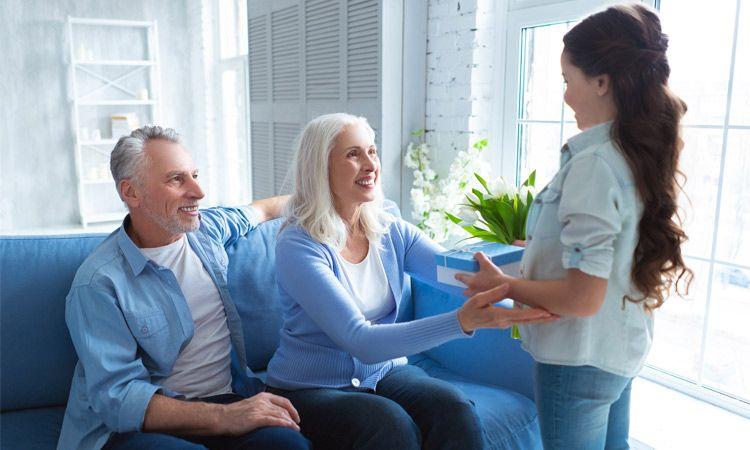 Prezent dla dziadka i babci - co wybrać w aptece?