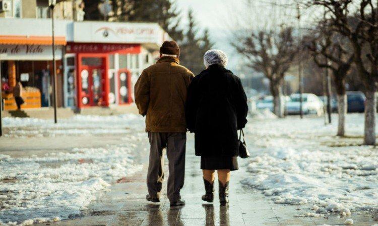 Witaminy dla seniora – wsparcie organizmu osób starszych - Apteka internetowa Melissa