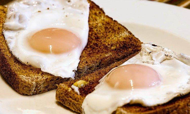 Wpływ monakoliny K na poziom cholesterolu w organizmie - Apteka internetowa Melissa
