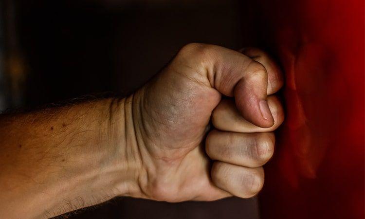 Złość i gniew - jak sobie z nimi radzić? - Apteka Internetowa Melissa