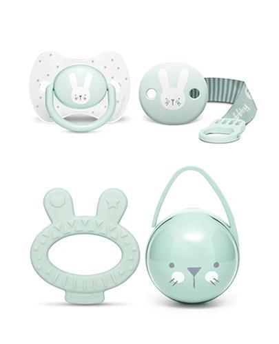 Suavinex Premium Zestaw podarunkowy Hygge Baby Set miętowy + smoczek silikonowy (0-6m) + klips do smoczka - premium + podwójne etui na smoczki + gryzak królik - cena, opinie, właściwości - Drogeria Melissa